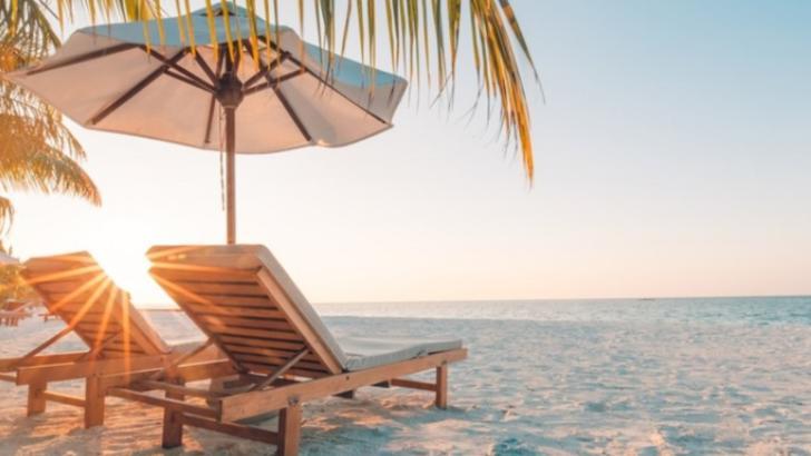 RESTRICȚII din cauza coronavirus în sezonul estival 2020: turiștii ar putea fi testați la intrarea în stațiuni