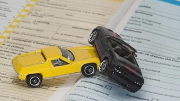 Conducerea ASF, somată să pună capăt abuzurilor societăților de asigurări care nu plătesc despăgubirile pe polițele RCA
