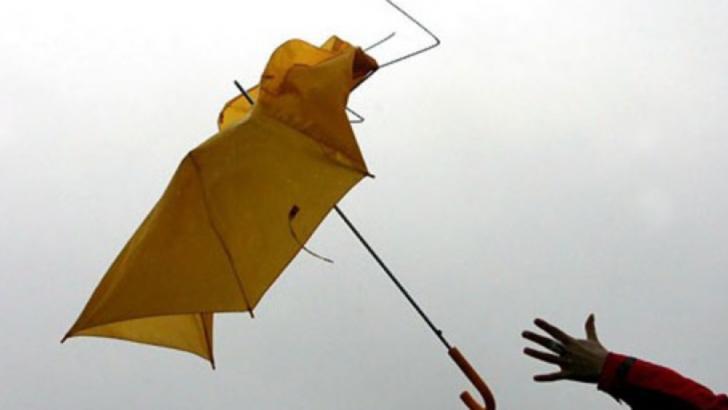 ALERTĂ meteo de ultimă oră: cod GALBEN. România, lovită de vijelii