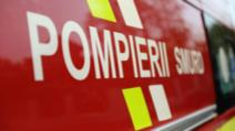 Incident grav, în jud. Argeș: un TIR încărcat cu conserve a luat foc în mers