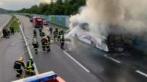Accident rutier cu români în Austria. Autocarul s-a făcut scrum, românii au scăpat teferi