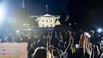 Proteste in fata Casei Albe după moartea americanului de culoare George Floyd, în urma imobilizării de către polițiști