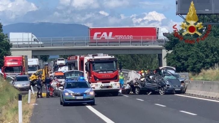 Accident grav, în Italia: 4 români au murit, între care doi copii