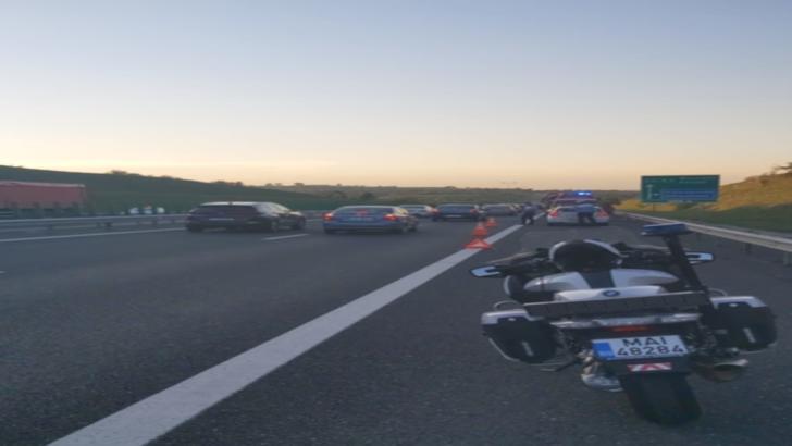 Accident cu 4 victime, pe Autostrada Soarelui