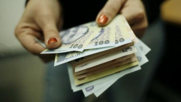 Restanțele la creditele în lei au crescut în iunie