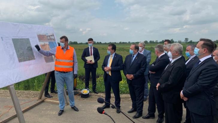 Ministrul Transporturilor promite lansarea lucrărilor la 150 de kilometri de autostrăzi și șosele, până la sfârșitul anului