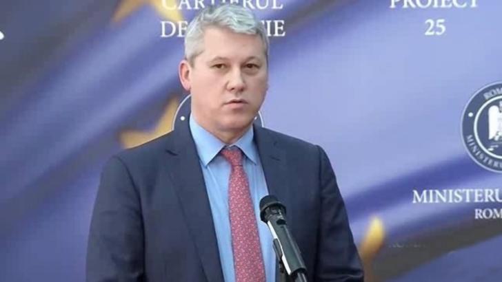 """Cătălin Predoiu: """"Ministerul Justiţiei a fost şi rămâne deschis cooperării cu profesia de avocat"""""""