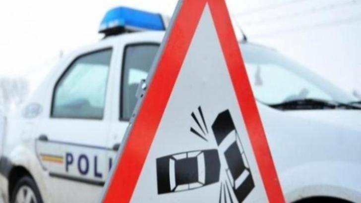O persoană rănită, după o coliziune auto petrecută în Dâmbovița. Unul dintre șoferi era beat
