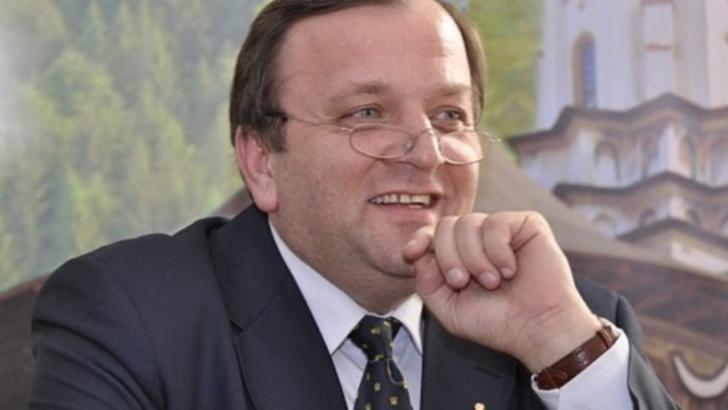 """100% TU DECIZI! Gheorghe Flutur, """"regele licitațiilor trucate"""": bugetarul cu vile și bolizi donați"""