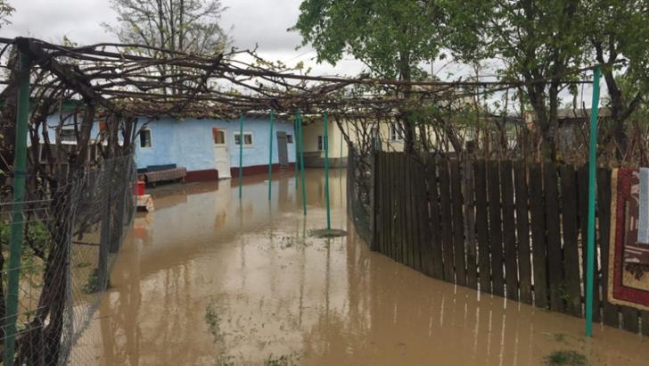 România, sub ape! Cod ROȘU de inundații