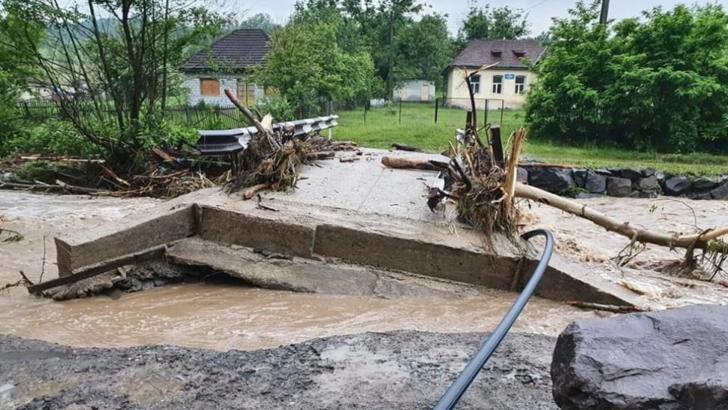 Risc de inundații în mai multe județe din țară