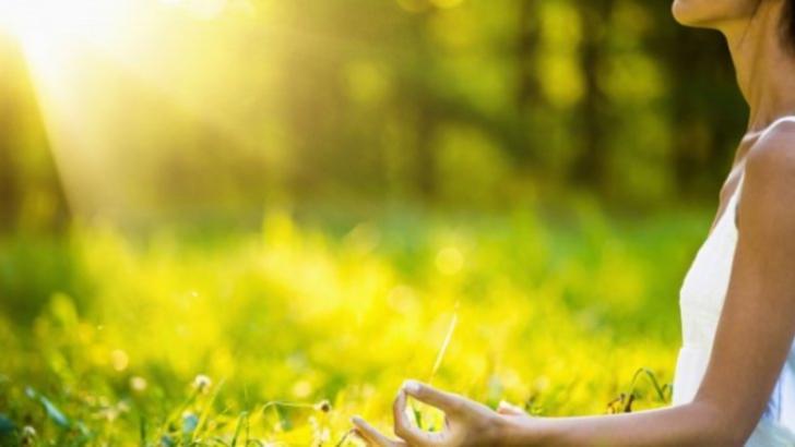 Unde se află punctul longevității pe corpul tău. Ce se întâmplă dacă îl masezi