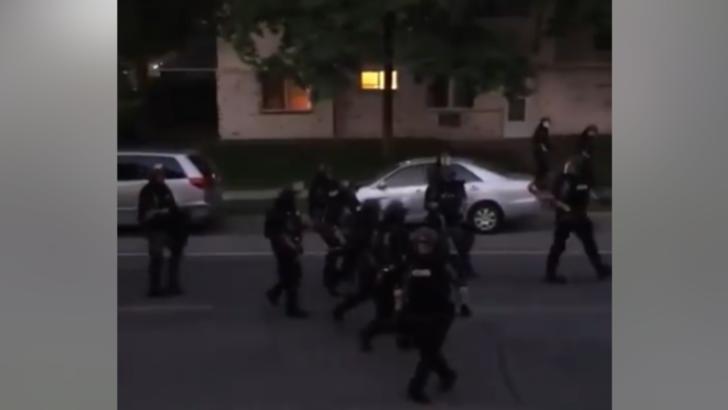 politia trage cu gloante de cauciuc