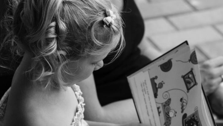 5 povești terapeutice care îi ajută pe copii să își gestioneze mai bine emoțiile (P)