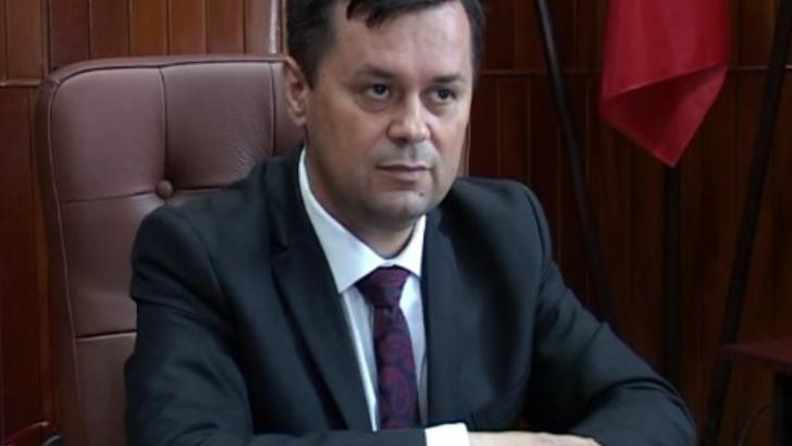 Primarul Marcel Romanescu