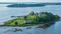 O insulă privată cu 5 plaje poate fi a ta timp de o săptămână, pentru 250.000 de dolari