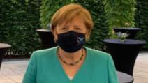 Angela Merkel, prima apariție în public cu mască de protecție