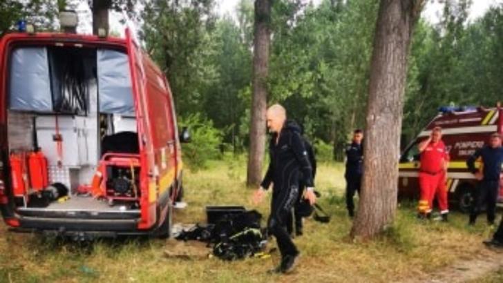 Om de afaceri din Dolj, dispărut în Dunăre. Căutările au fost reluate cu scafandri, mobilizare generală