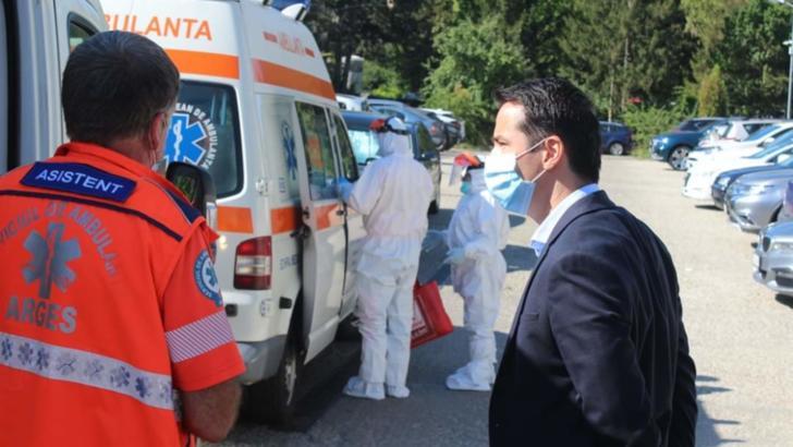 Masca de protecție devine obligatorie în aer liber, în județul Argeș
