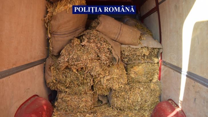 Captură record, în jud. Călărași: 4 tone de tutun din piața neagră, confiscate de polițiști