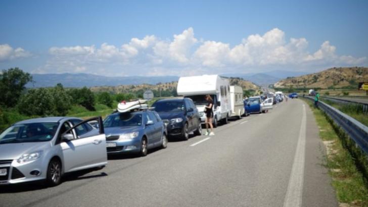Probleme pentru turiștii români din GRECIA. Verificați COVID-19, fără explicații