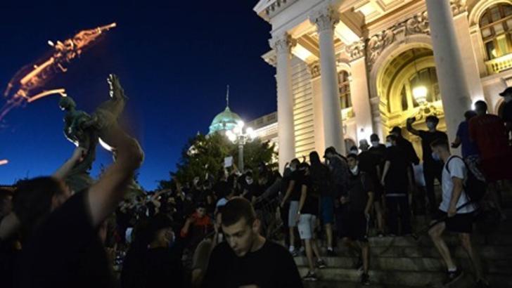 Proteste Serbia: 71 de persoane arestate, printre care mai mulți cetățeni străini / Sursă foto: Ruptly.tv