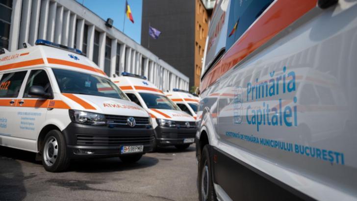 """100 de ambulanțe noi cumpărate de Primăria Capitalei. Gabriela Firea: """"Am investit în sănătate în 4 ani cât alții în 20 de ani!"""""""