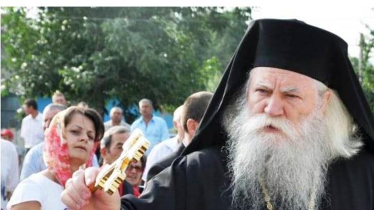 ÎPS Pimen a fost înlocuit. Preasfințitul Părinte Calinic este noul Arhiepiscop al Sucevei și Rădăuților