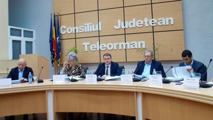 COVID la Consiliul Județean Teleorman. A început ancheta epidemiologică, iar mai mulți angajați s-au izolat