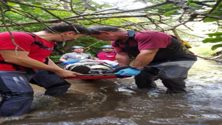 Salvamontiştii clujeni au intervenit în cazul unei persoană căzute de la înălţime în Cheile Tureni