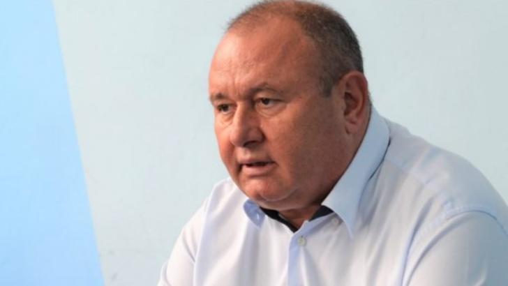 Jurnalist care voia să afle mai multe informații despre un accident rutier, înjurat de un deputat PRO România