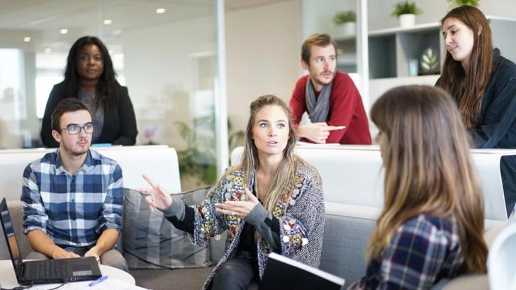 Este oficial: Discriminarea și bullying-ul salariaților, amendate cu până la 20.000 de lei. Legea a fost promulgată de președinte Foto: Pixabay.com