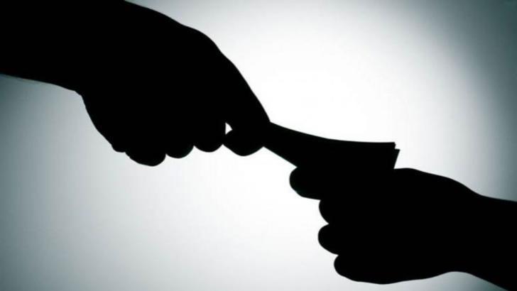 DIICOT: Șefi din Jandarmerie, trimiși în judecată pentru cămătărie