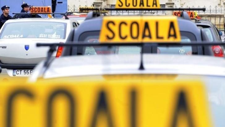 Schimbări majore în Codul Rutier: aceste persoane au INTERZIS la volan
