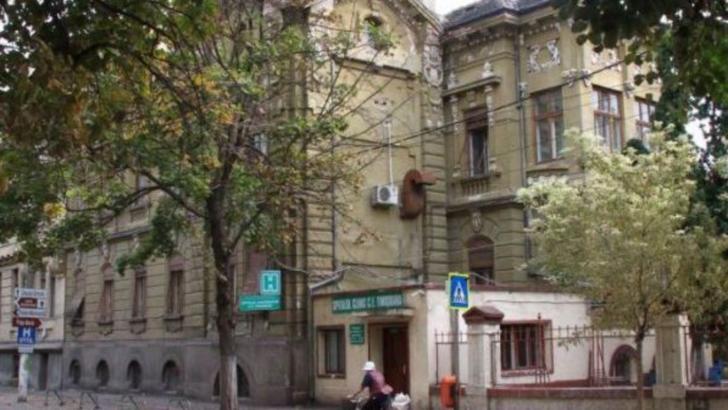 Focar COVID-19 la Spitalul CFR din Timisoara. 3 cadre medicale si 3 pacienti infectati