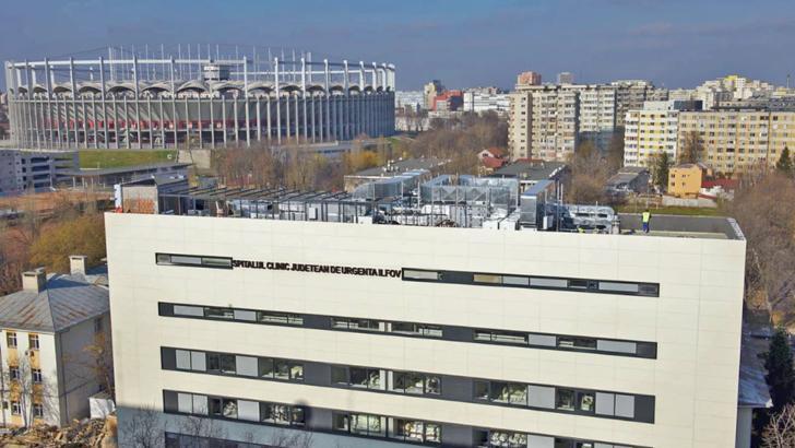 Unul dintre cele mai mari spitale, golit de urgență pentru a face loc pacienților COVID-19. Operațiune în desfășurare
