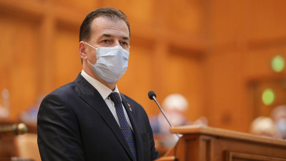 Premierul Ludovic Orban, raport în Parlament, 12 august 2020 Foto: Inquam Photos / Octav Ganea