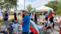 Ieșirea din Stara Zagora, blocată de protestatarii instalați cu scaune și corturi