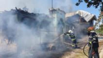 VIDEO Incendiu devastator în județul Olt, patru case au luat foc