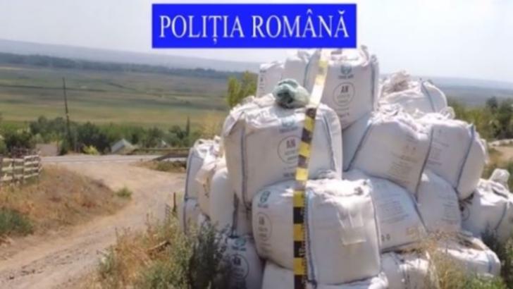 La un pas de EXPLOZIE: Zeci de tone de azotat de amoniu, depozitate în condiții improprii în județul Galați