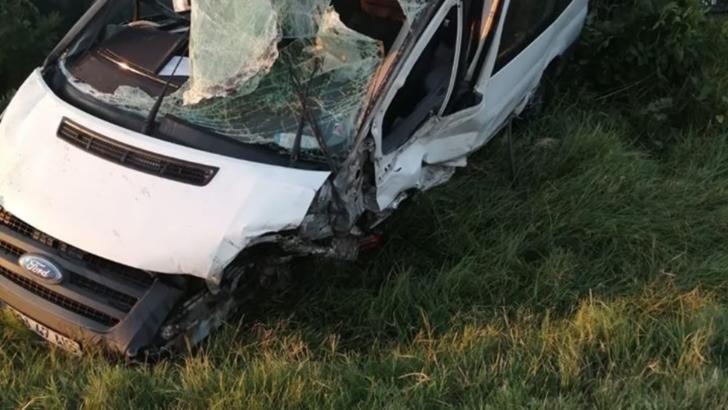 VIDEO Accident grav, cu 9 persoane ranite, in apropiere de Craiova