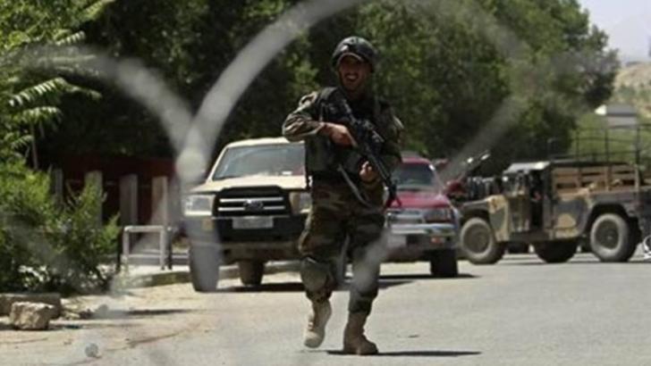 Atac sângeros în Afganistan. 5 morți și zeci de răniți
