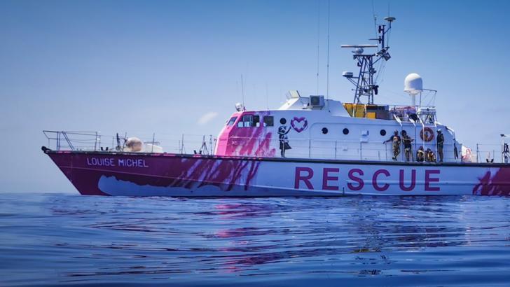 """Nava """"Louise Michel"""", finanțată de artistul Banksy, pentru salvarea migranților din Mediterană / Foto: Facebook.com"""