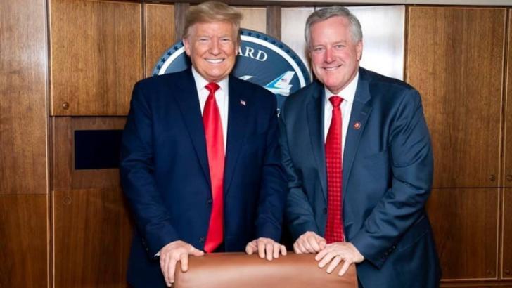 Donald Trump și Mark Meadows