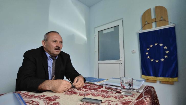 Un primar din Hunedoara va lua un nou mandat și dacă se votează singur