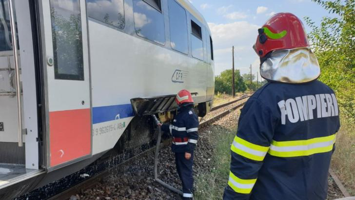 Un tren a luat foc în gara Vlăduleni, jud. Olt Foto: Realitatea de Olt