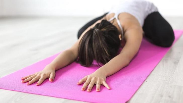 Mişcare pentru sănătate: exerciţii care pot fi făcute acasă