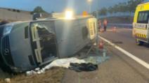 Microbuz cu 12 români, accident grav în Franța. O fetiță riscă să-și piardă mâna (sursa foto: captură lunion.fr, stiridiaspora.ro)