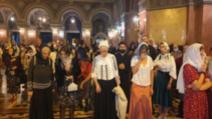 Pelerinaj cu sute de oameni la Timișoara! Reguli încălcate de credincioși în plină epidemie de coronavirus FOTO: OpiniaTimișoarei.ro