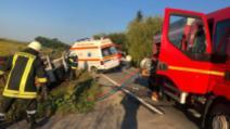 Accident grav cu ambulanța, în jud. Satu-Mare: 2 morți și 4 răniți, după impactul cu o autoutilitară